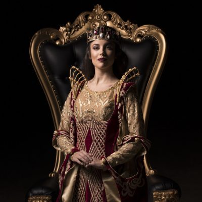 A New Royal Arrives in Toronto as Medieval Times unveils New Show Featuring a Queen!